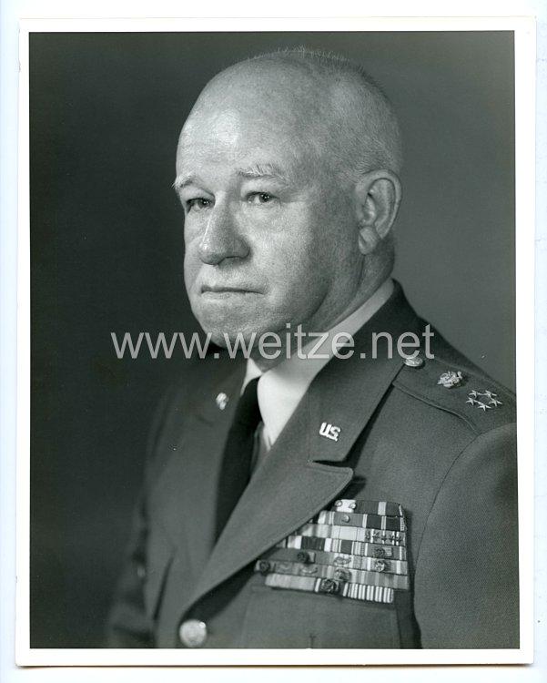 Pressefoto USA: Portrait von General Omar N. Bradley, 16. March 1967