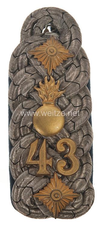 Preußen Einzel Schulterstück für einen Oberst und wahrscheinlich Regimentskommandeur im Cleveschen Feldartillerie-Regiment Nr. 43