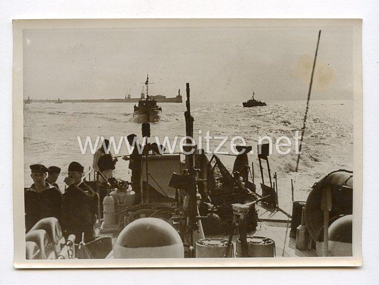 III. Reich Pressefoto. Trotz zahlreicher Hindernisse im Fahrwasser. 5.7.1940.