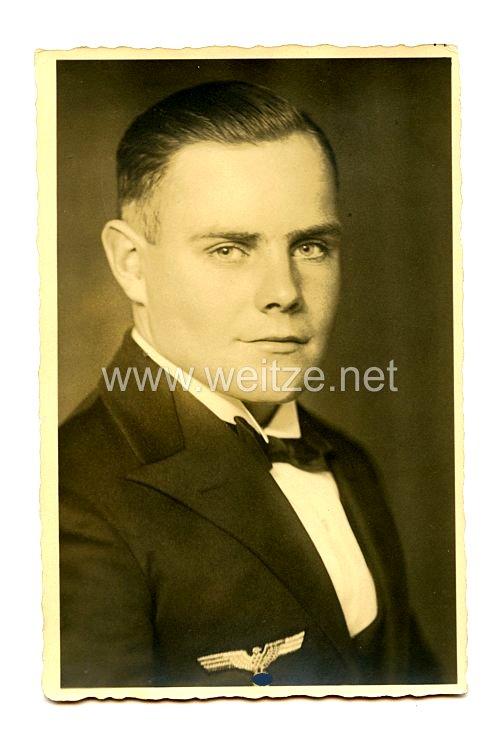 Kriegsmarine Portraitfoto, Offizier mit Messejacke