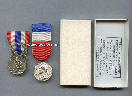 Frankreich Médaille du ministère du travail und Médaille du ministère de l'intérieur.