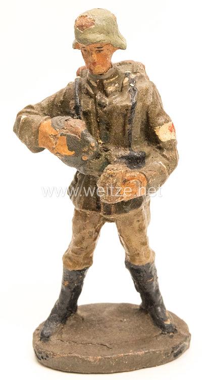 Elastolin - Heer Sanitäter mit Feldflasche und Stahlhelm