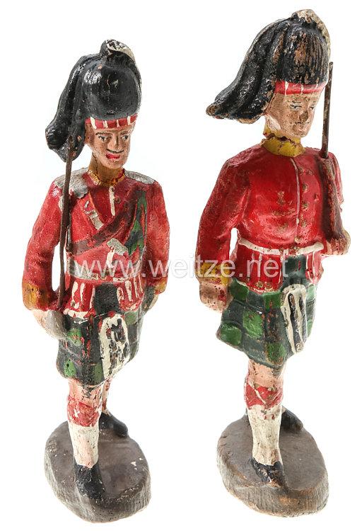 Elastolin - 1. Weltkrieg Schottland Highlander 1 Offizier und 1 Soldat marschierend
