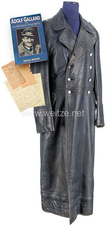 Luftwaffe schwerer Ledermantel aus dem persönlichen Besitz von Generalleutnant Adolf Galland