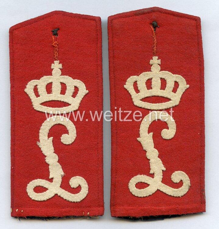 Hessen-Darmstadt Paar Schulterklappen für Mannschaften im Leibgarde-Infanterie-Regiment (1. Großherzoglich Hessisches) Nr. 115