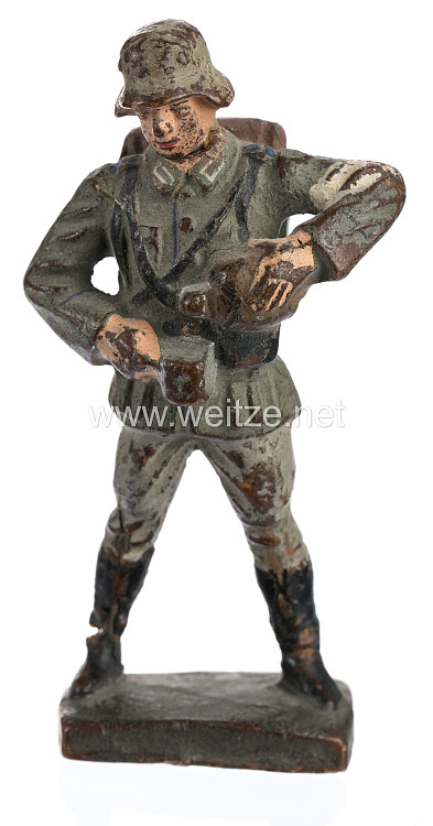 Lineol - Heer Sanitäter mit Feldflasche und Stahlhelm
