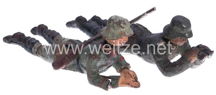 Lineol - Heer 2 Soldaten als SMG-Gewehrführer und in Reserve liegend