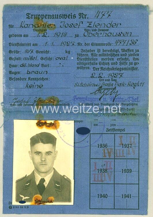 Truppenausweis für einen Kanonier der 5.( Scheinwerfer ) Batterie/Flak-Regiment 11