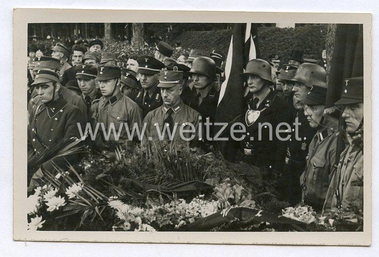 Allgemeine-SSFoto, SS-Fahnenträger