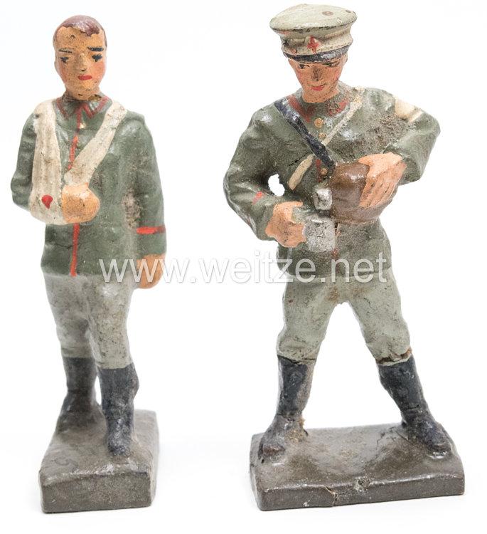 Lineol - Heer Sanitäter mit Labeflasche und Verwundeter mit Armverband