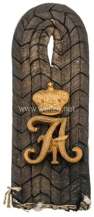 Preußen Einzel Schulterstück für einen Leutnant im Kaiser Alexander Garde-Grenadier-Regiment Nr. 1
