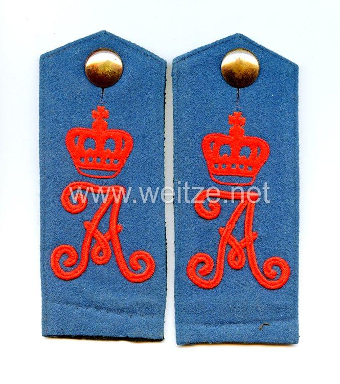 Preußen Paar Schulterklappen für Mannschaften im Königin Augusta Garde-Grenadier-Regiment Nr. 4