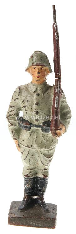 Lineol - Heer Rekrut im Drillichanzug mit Gewehr über stillgestanden