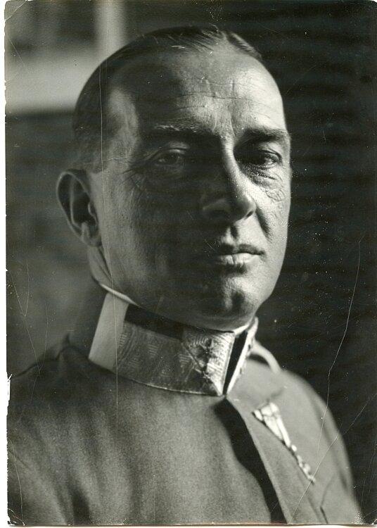 """Pressefoto """"Neuer Kommandant der Luftschutztruppe: Oberstleutnant Wilhelm Möller"""""""