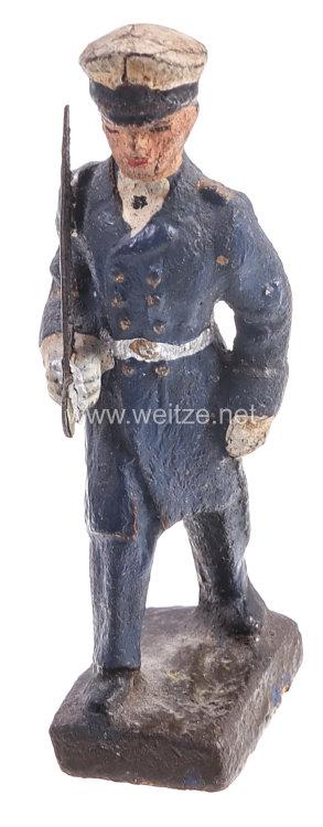 Lineol - Kriegsmarine Offizier mit Säbel marschierend