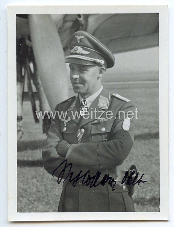 Luftwaffe - Originalunterschrift von Ritterkreuzträger Oberleutnant Heinrich Schlosser